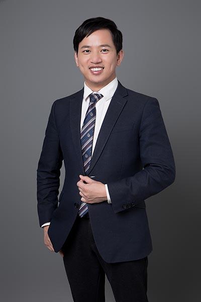 胡秋华律师